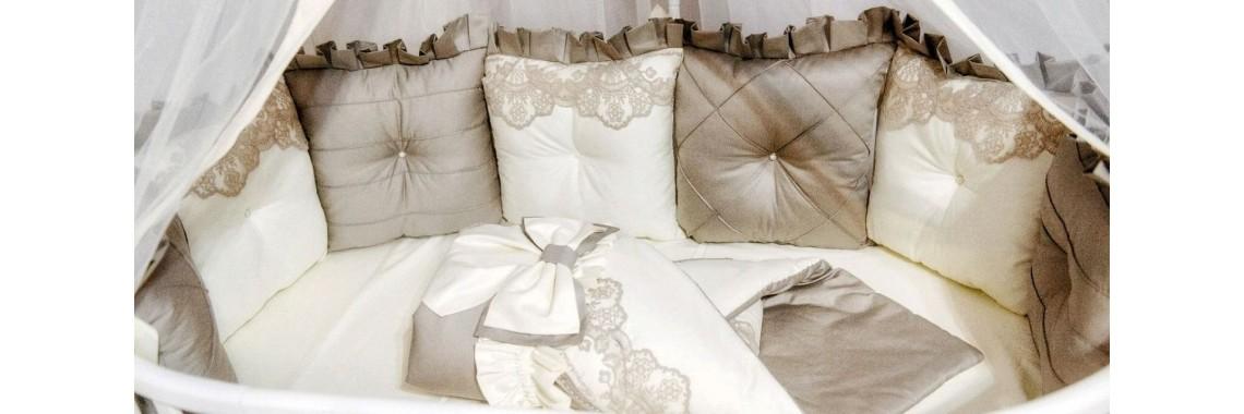 Подушки-бортики в круглую кроватку